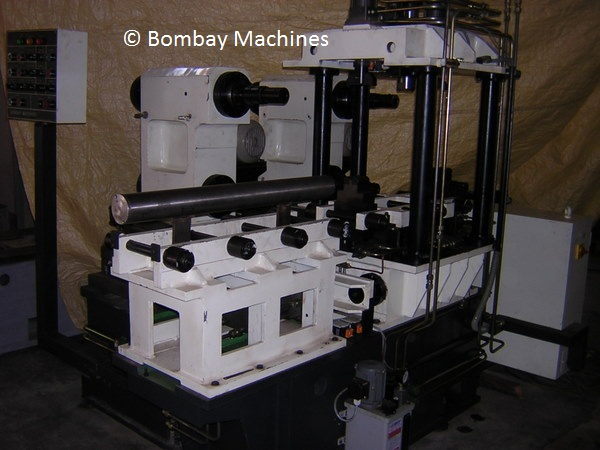 MACHINE FOR ENGINE BLOCK CASTING AVERAGING